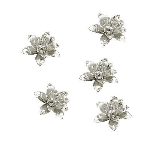 Aplique - Coser o pegar - 16x16mm - Flor metal - Color Plata - 047 (2 Uds.)